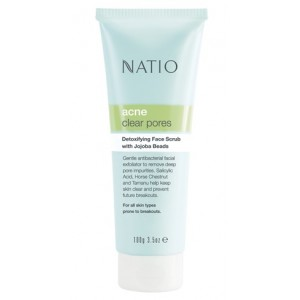 Buy Natio Acne Clear Pores Detoxifying Face Scrub With Jojoba Beads - Nykaa
