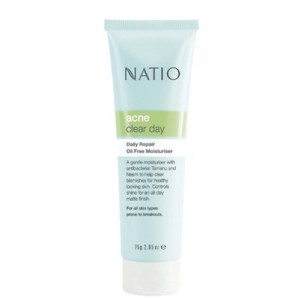 Buy Natio Acne Clear Day Daily Repair Oil Free Moisturiser - Nykaa