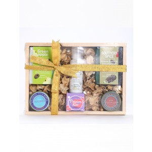 Buy Nyassa Wooden Gift Set (6 Pieces) - Nykaa