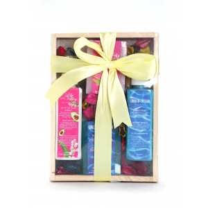 Buy Nyassa Wooden Gift Set (4 Pieces) - Nykaa