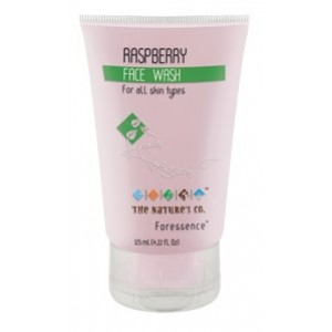 Buy The Nature's Co. Raspberry Face Wash - Nykaa