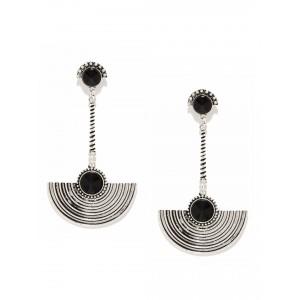 Buy Toniq Silver Crescent Earrings - Nykaa