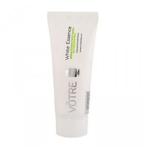 Buy Votre White Essence Brightening Face Wash - Nykaa