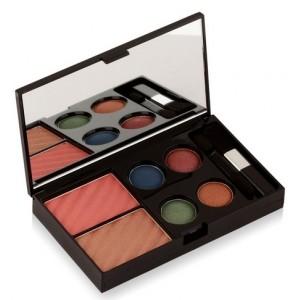 Buy Colorbar Get The Look Makeup Kit - Admiring Gaze  - Nykaa