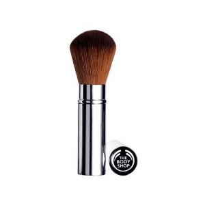 Buy The Body Shop Retractable Blusher Brush - Nykaa