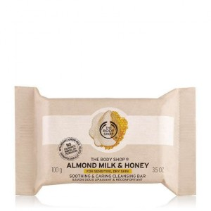 Buy The Body Shop Almond Milk & Honey Soothing & Caring Cleansing Bar - Nykaa