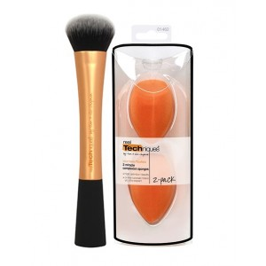 Buy Real Techniques Expert Face Brush + 2 Miracle Complex Sponges - Nykaa