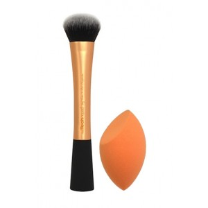 Buy Real Techniques Expert Face Brush + Miracle Complexion Sponge - Nykaa