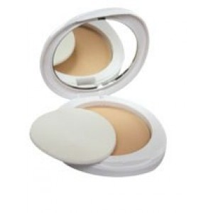 Buy Lakme Perfect Radiance Intense Whitening Compact SPF 23 - Nykaa
