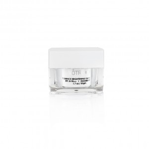 Buy Votre White Essence Brightening Day Moisturiser SPF 35 PA++ - Nykaa