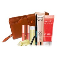 Lakme Peach Frost + Free Wallet