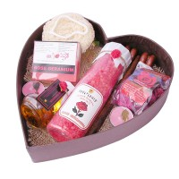Soulflower Heart Bath Set with Rose