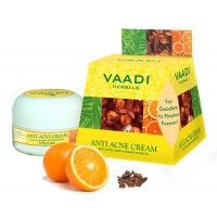 Vaadi Herbals Anti-Acne Cream - Clove & Neem Extract