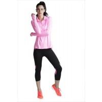 Heart 2 Heart 'Pink Knee' Calf Length Workout Leggings - Black