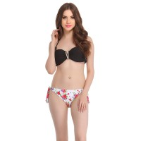 Clovia 2 Piece Polyamide Swimsuit Of Padded Bra In Printed Brief In White