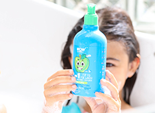 WOW Skin Science Kids Green Apple 3 in 1 Tip to Toe Wash - Shampoo + Conditioner + Bodywash step3