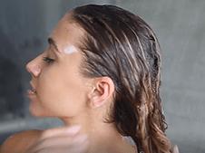 WOW Skin Science Moroccan Argan Oil Shampoo step2