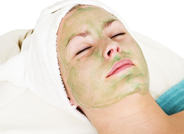 WOW Skin Science Aloe Vera Sleeping Pack step2