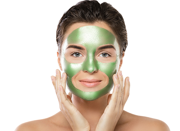 WOW Skin Science Aloe Vera Peel-Off Gel mask step2
